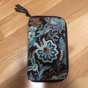 Vera Bradley Java Blue Zip Wallet &Checkbook Cover